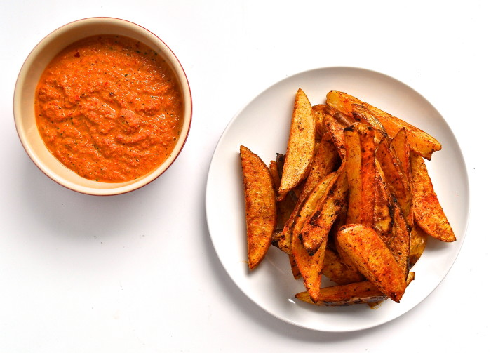 Oven fries and red pepper dip