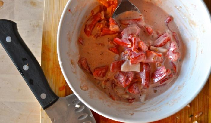 tomato tahini sauce