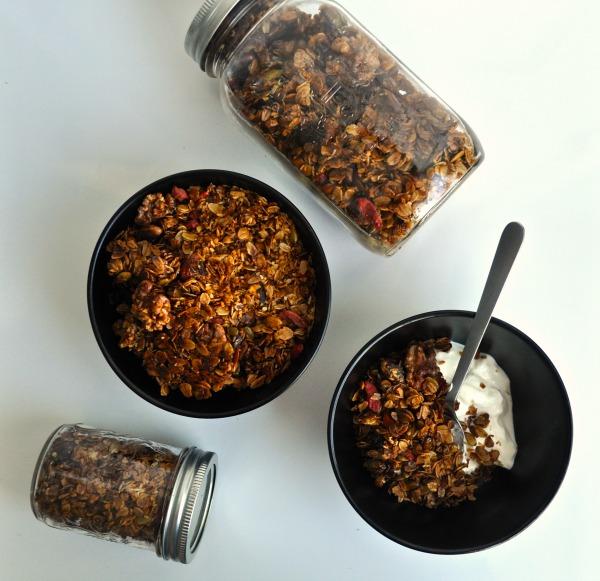 pistachio and cardamom granola