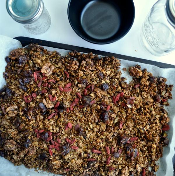 pistachio, goji and date granola