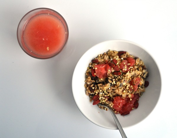 grapefruit and date oatmeal