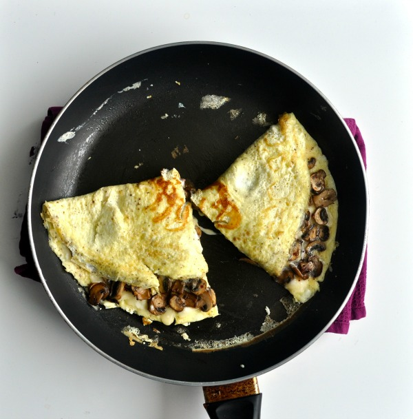 omelette with parmesan and mushroom