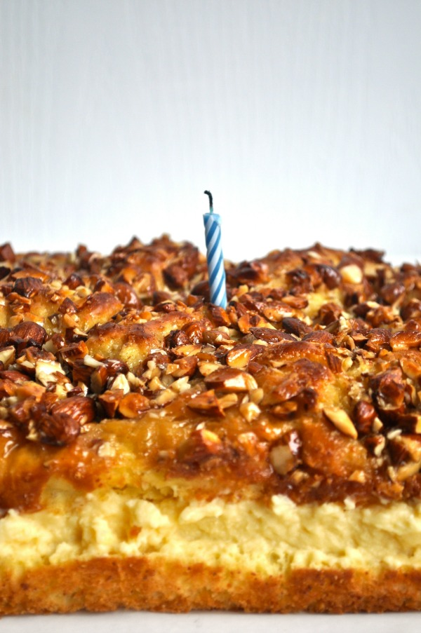 happy birthday (bienenstich) cake