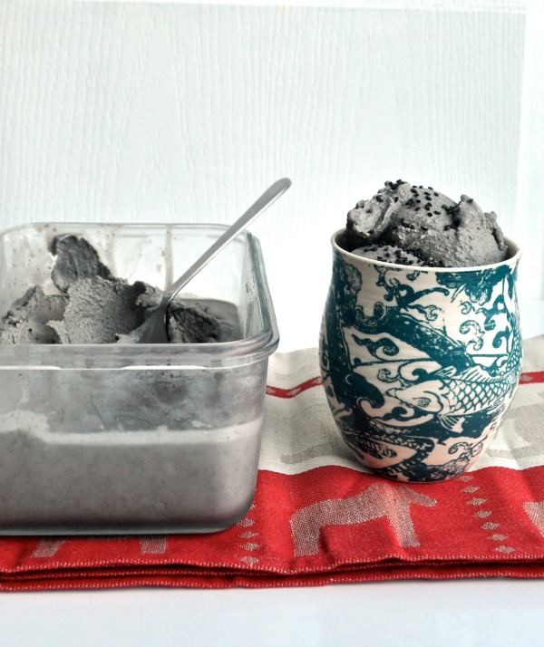 ice cream black sesame