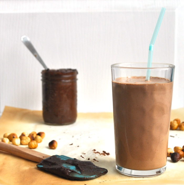 vegan banana nutella shake