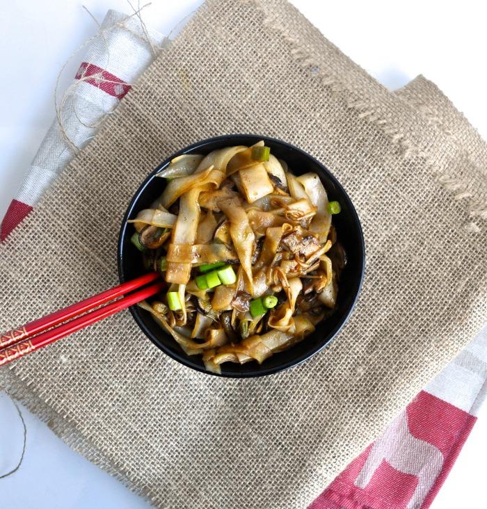 mushroom soya sauce rice noodles