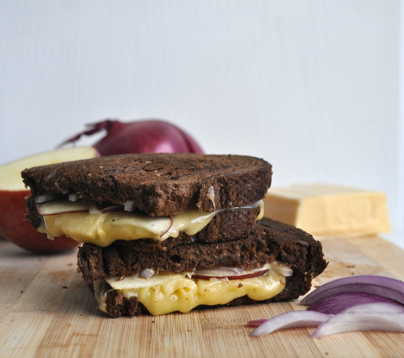 red onion and apple grilled cheese
