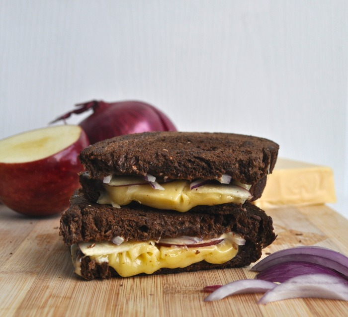red onion and red apple grilled cheese