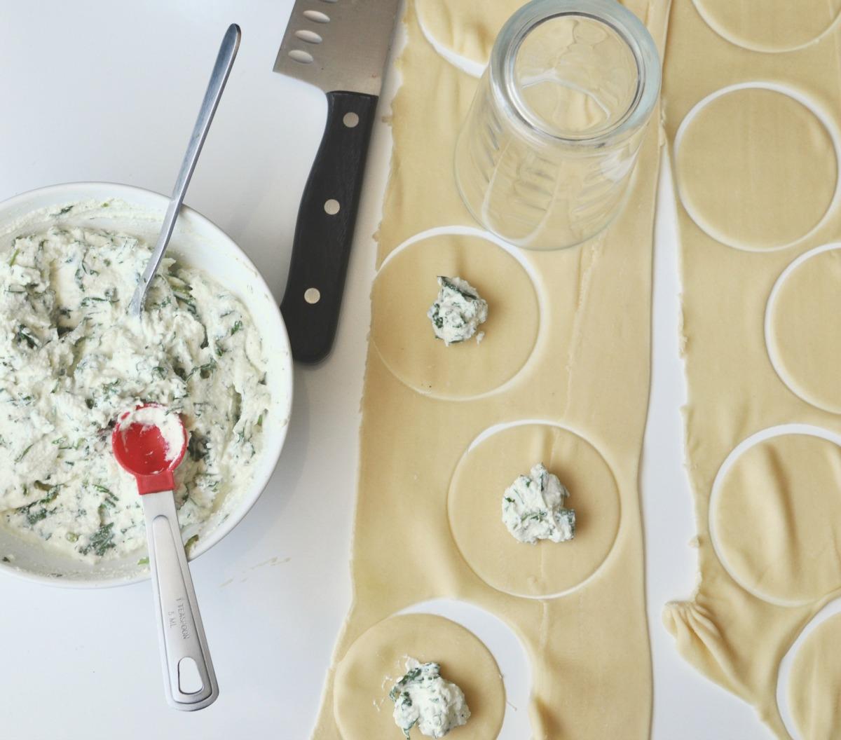 stuffing tortellini