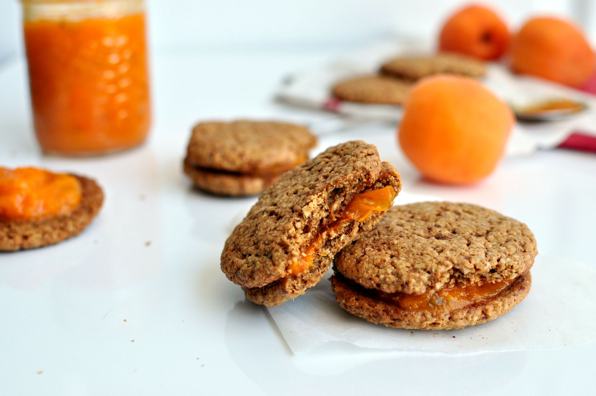 Apricot Jam Sandwich Cookies Recipe