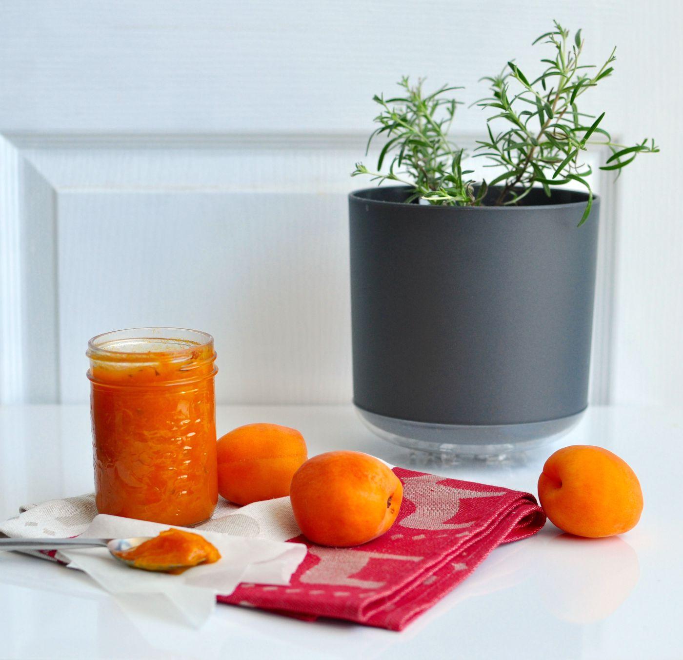 apricot rosemary jam