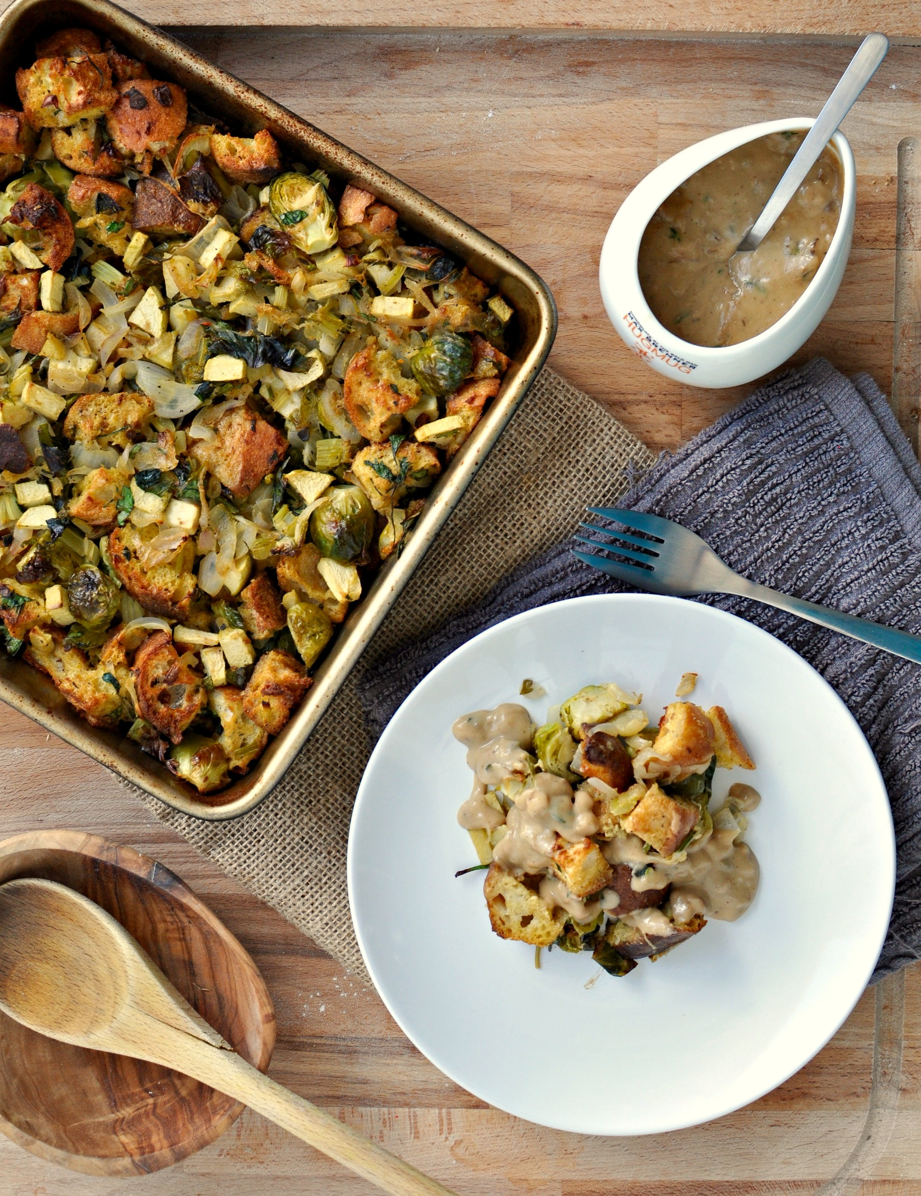 vegetarian stuffing and gravy