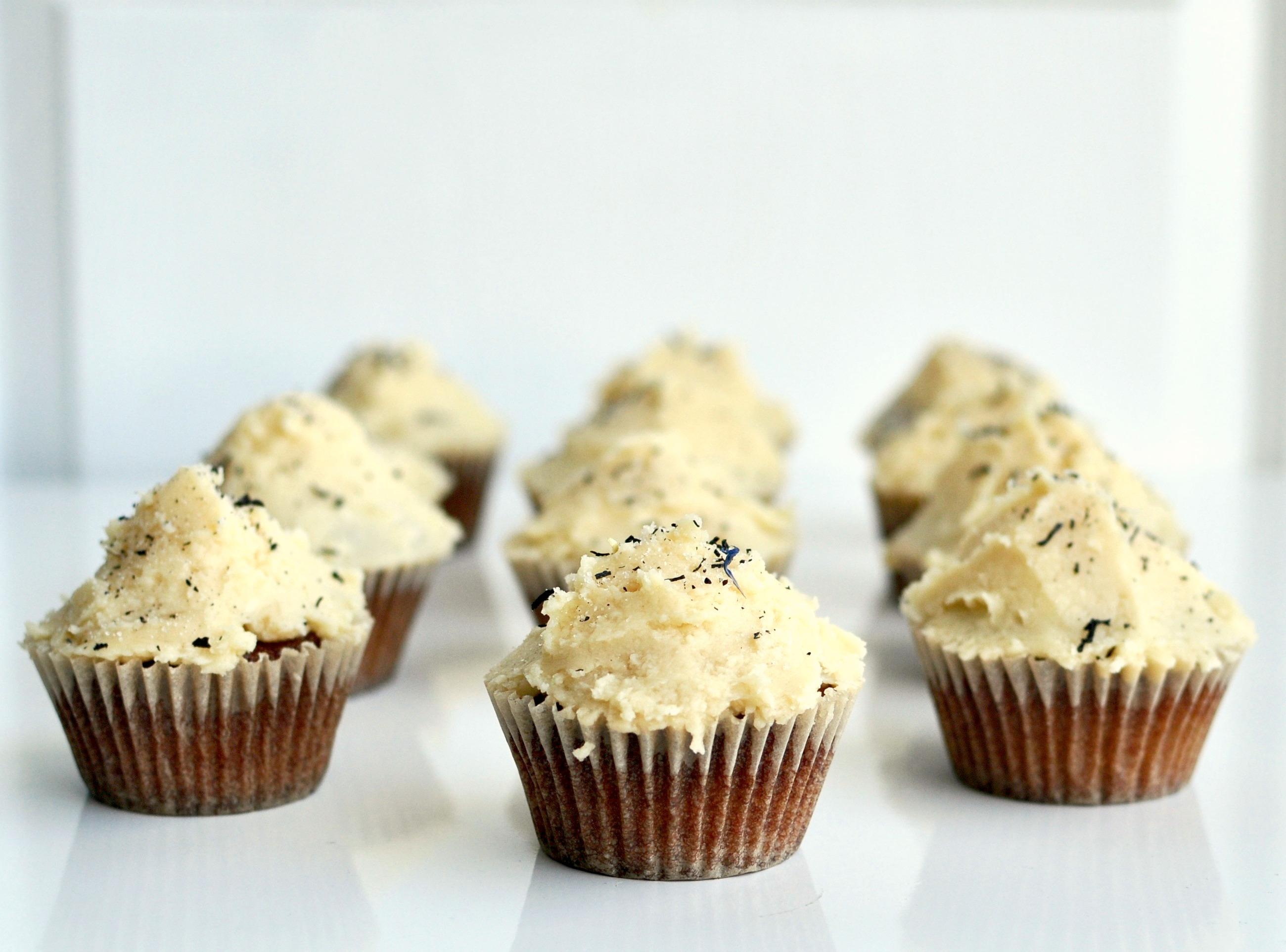 earl grey vanilla cupcake