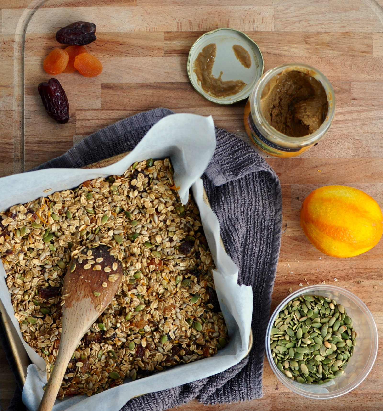 Apricot Sunflower Granola Bars