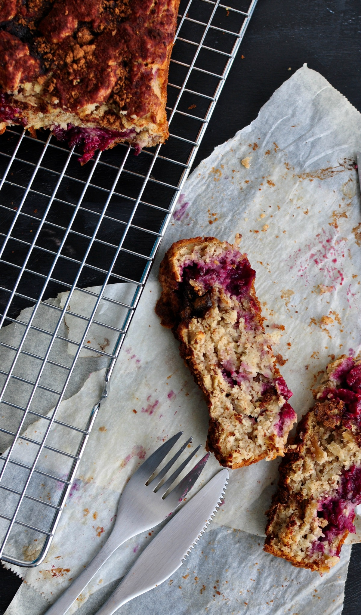 apple blackberry snacking cake