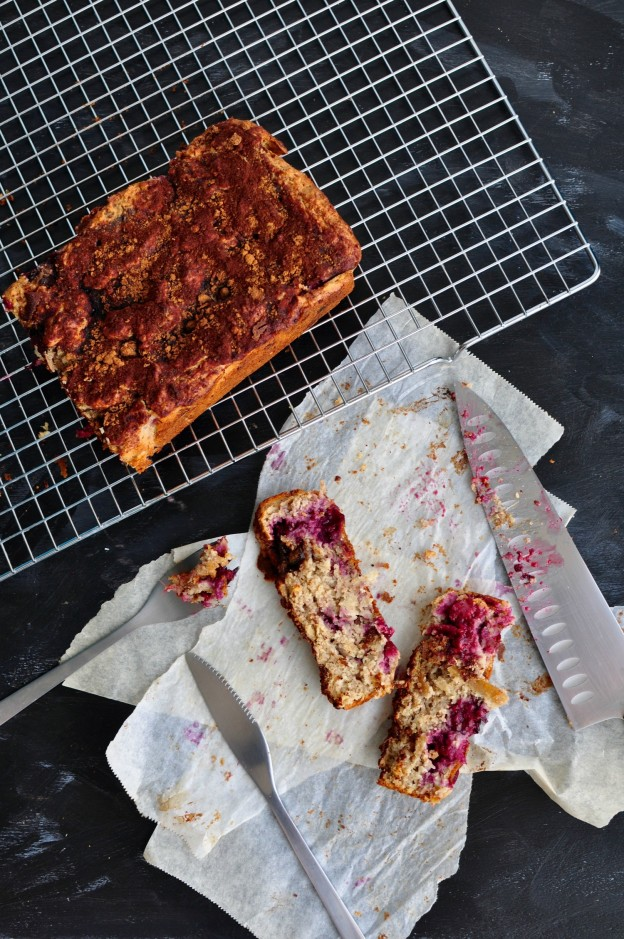 blackberry apple snacking cake
