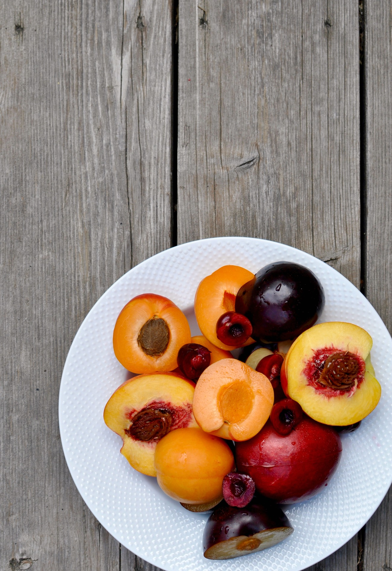 cools fruit stone fruit
