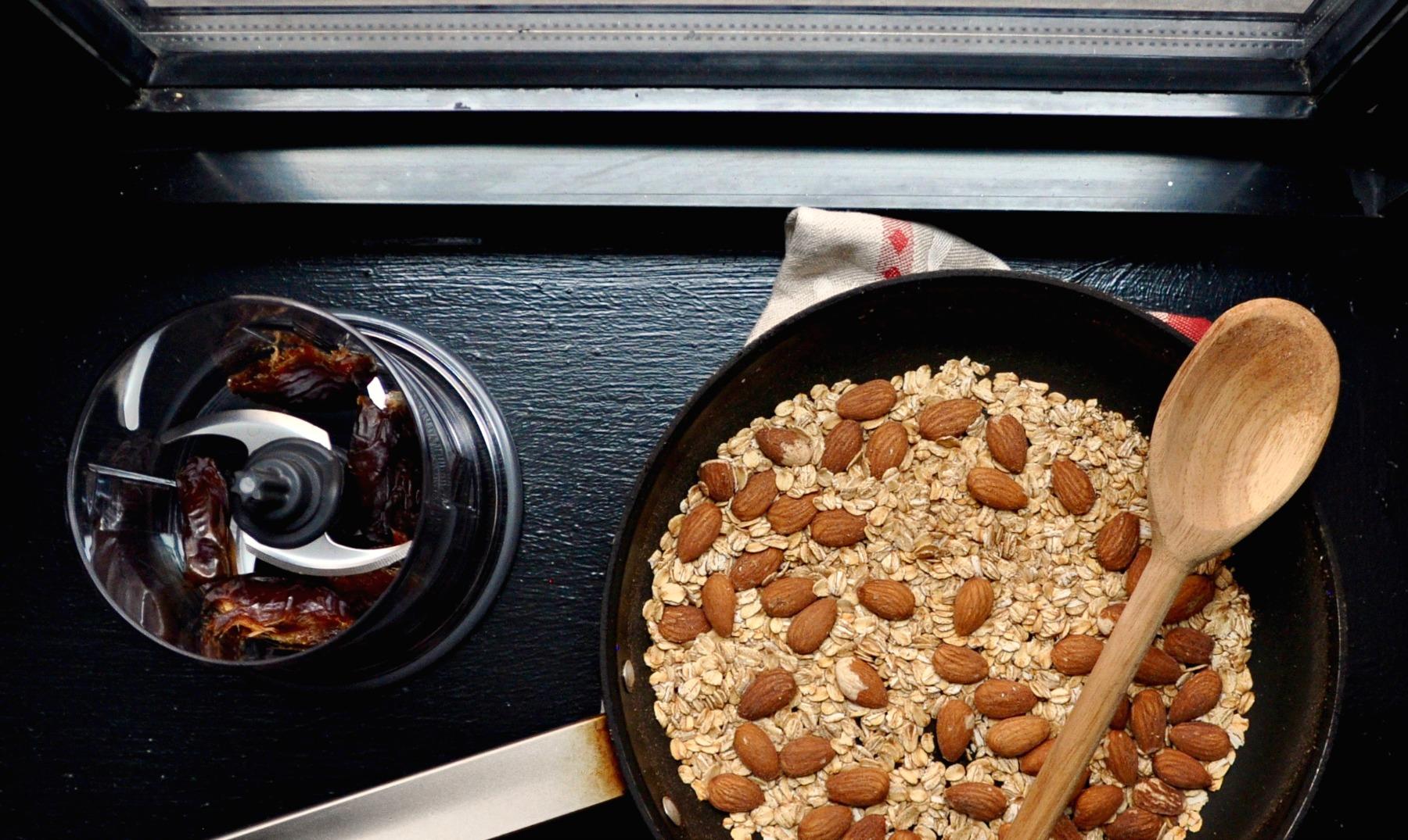 granola-clumps