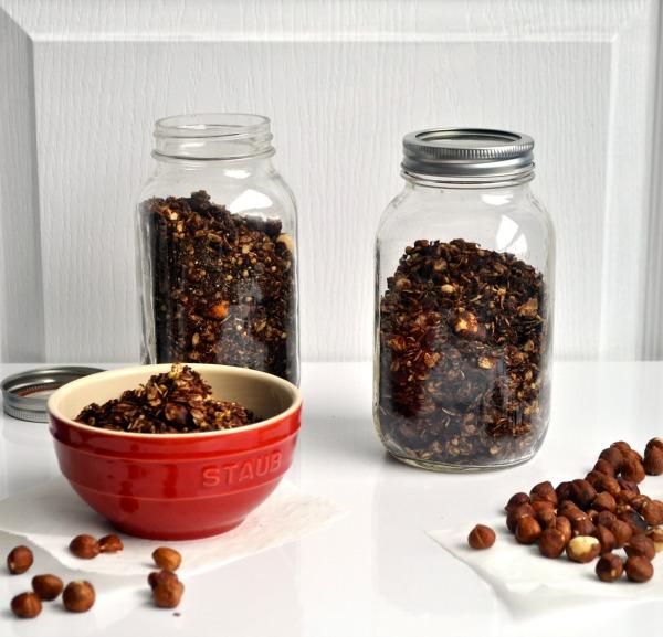 chocolate and hazelnut granola recipe
