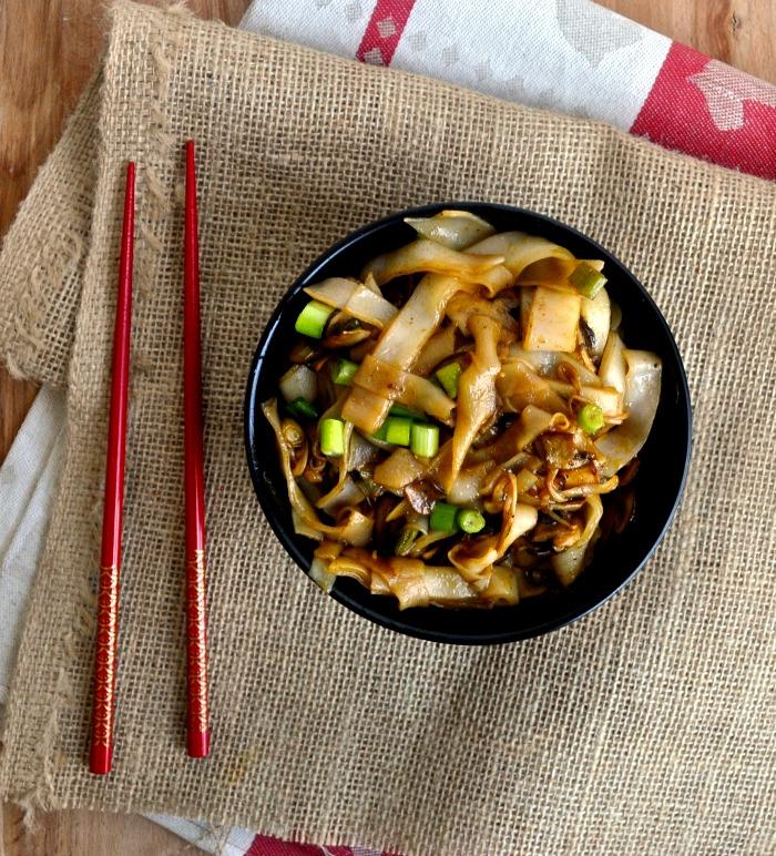 one pan mushroom soy sauce noodles recipe