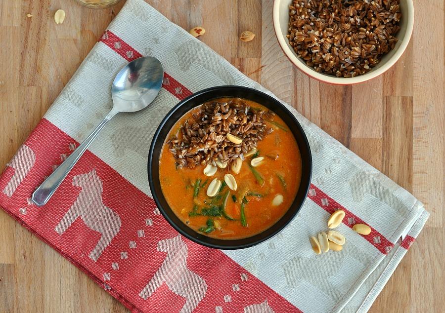 Peanut and Farro soup recipe