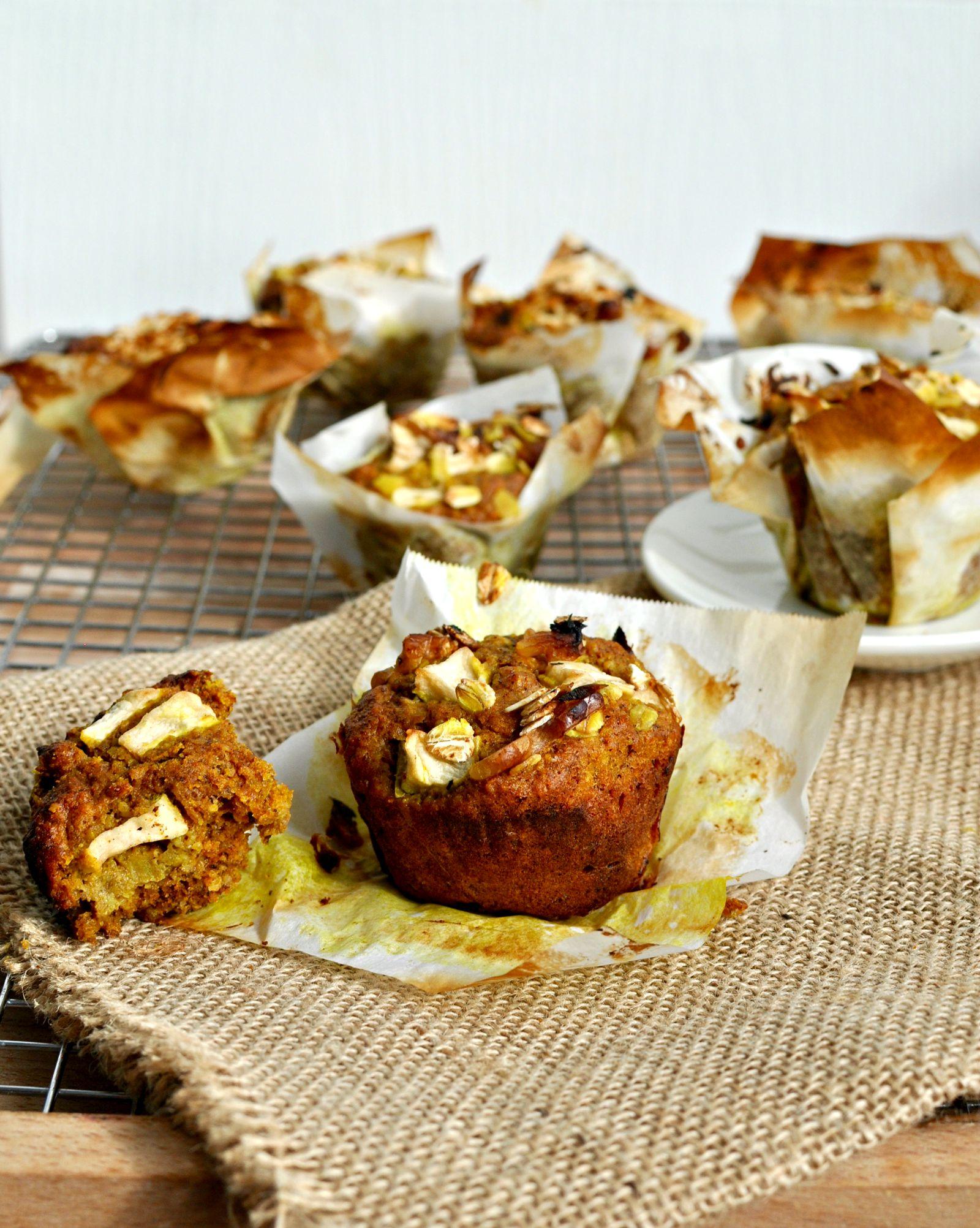 Healthy Breakfast Apple Muffins